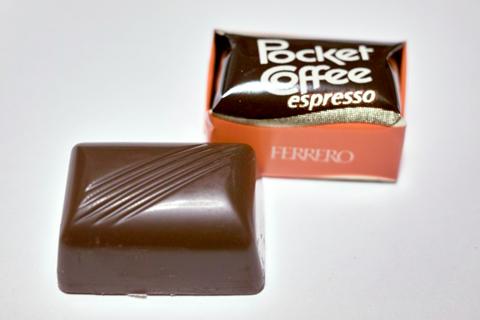 フェレロ;ポケットコーヒー