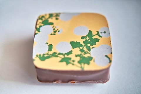 岡田美術館;光琳菊図屏風チョコレート