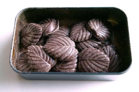 アマリエ;リーフチョコレート小缶「ビザンチン」
