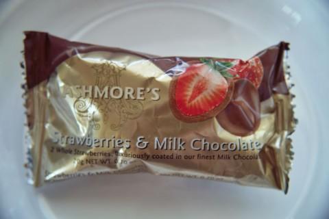 アシュモアーズ ストロベリー&ミルクチョコレート外装
