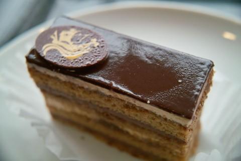 エスプレッソ トリュフ ケーキ