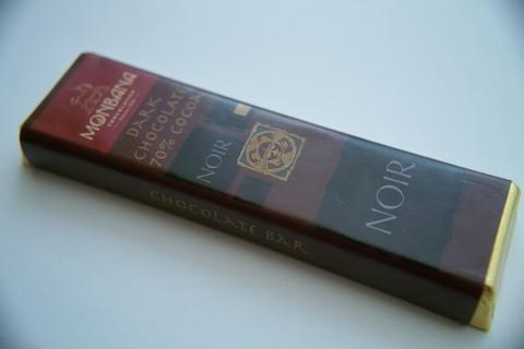 モンバナ ノワール ダークチョコレート カカオ70%外装