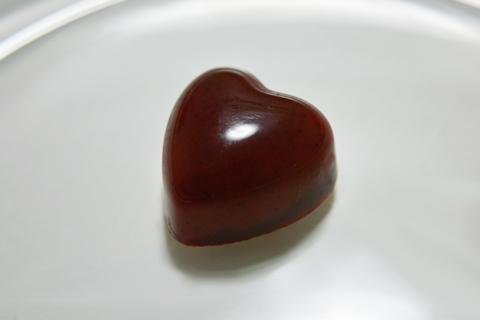 ピエールマルコリーニ(Pierre Marcolini Chocolatier)のクール フランボワーズ(Cœur Framboise)